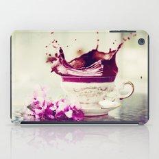 BLACK TEA iPad Case