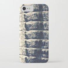 The Alligator Crawl Slim Case iPhone 7