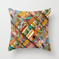 extreme quilting Throw Pillow