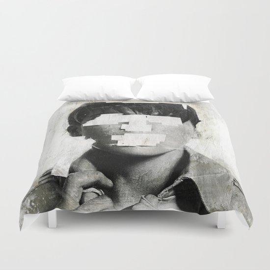 Faceless | number 02 Duvet Cover