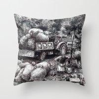çukurova Throw Pillow