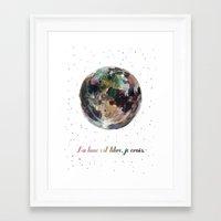 La Lune Est Libre Framed Art Print