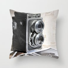Keepsakes I Throw Pillow