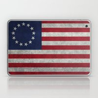 The Betsy Ross flag of the USA - Vintage Grungy version Laptop & iPad Skin
