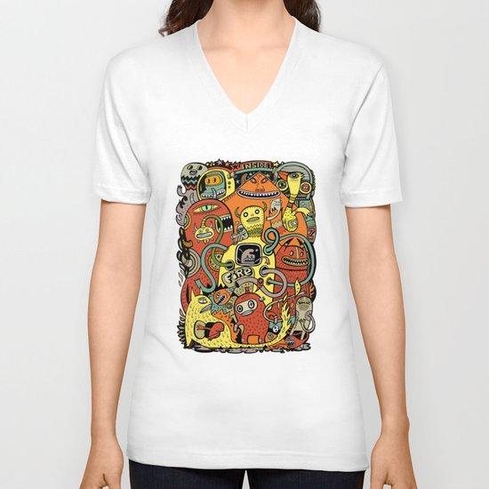 Warm in V-neck T-shirt