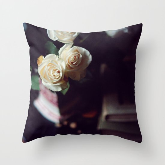 i'd rather have roses Throw Pillow