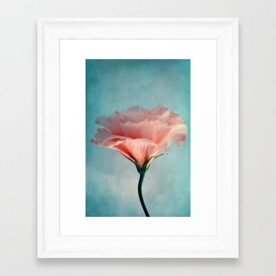 agréable Framed Art Print