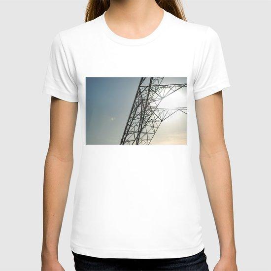 sky 2 T-shirt