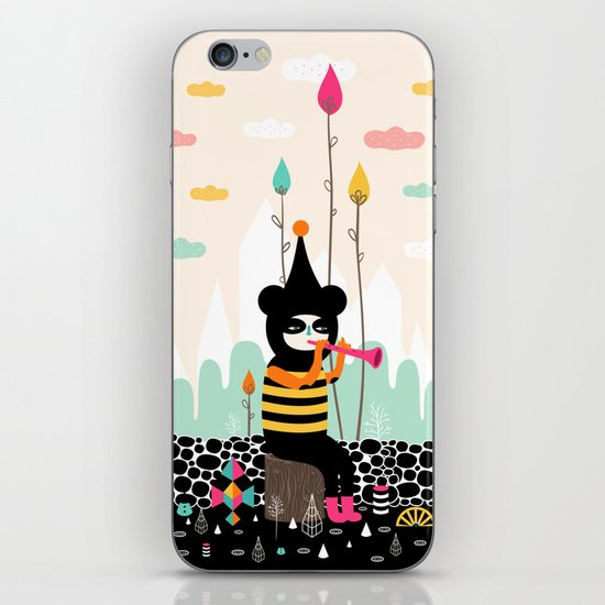 Home is where the happy creatures are! iPhone & iPod Skin