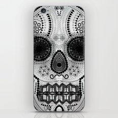 White skull iPhone & iPod Skin