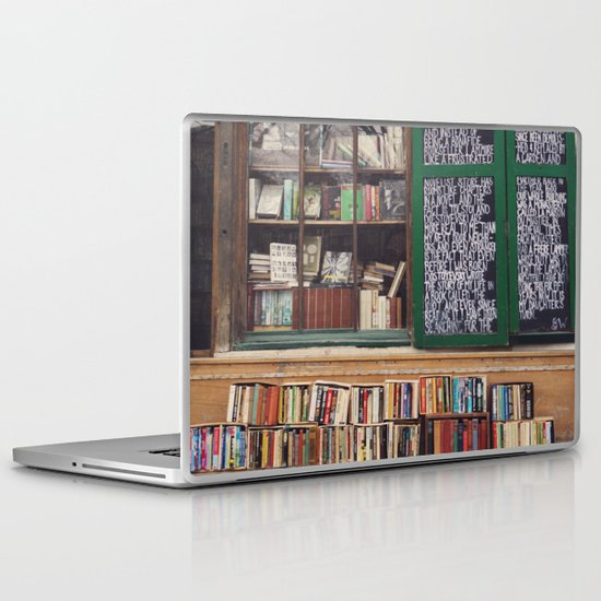 Shakespeare in Paris #2 Laptop & iPad Skin