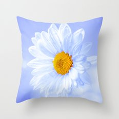 Daisy in the sky Throw Pillow