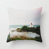 New Zealand: Bluff Lighthouse Throw Pillow
