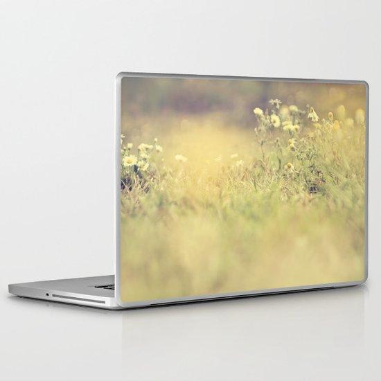 buttercup daisies Laptop & iPad Skin