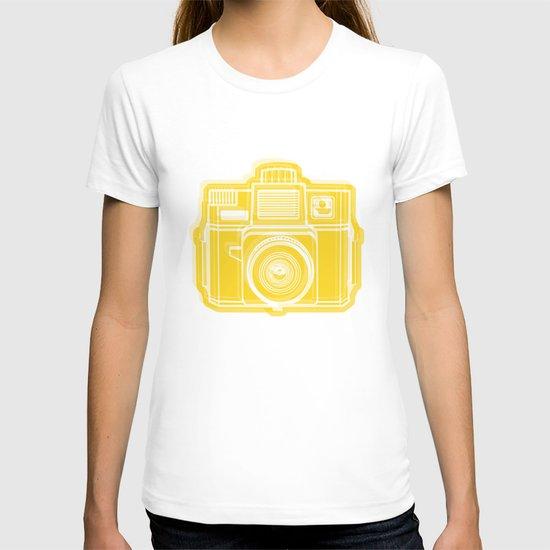I Still Shoot Film Holga Logo - Sunshine Yellow T-shirt