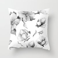 Avesso Throw Pillow