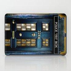 Tardis doctor who Mashup with sherlock holmes 221b door iPad Case
