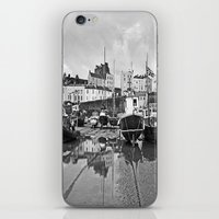 Tenby Harbour Boats.Pemb… iPhone & iPod Skin