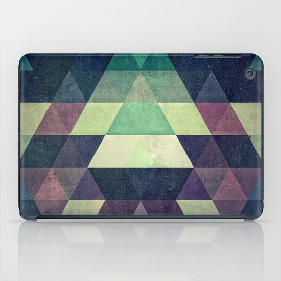 dysty_symmytry iPad Case