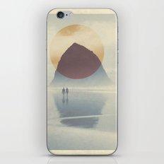 Haystack Rock of Cannon Beach, Oregon iPhone & iPod Skin