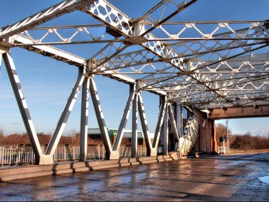 Sutton Bridge, Hull Art Print