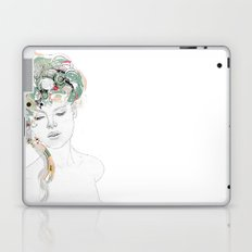 Beauty waiting Laptop & iPad Skin