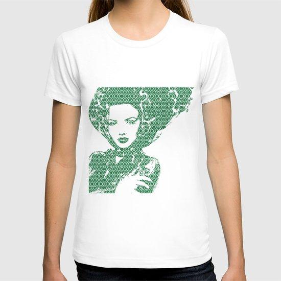 Fashion: Green T-shirt