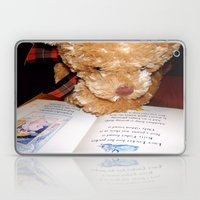 Reading does the mind good Laptop & iPad Skin