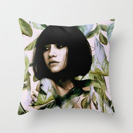 Throw Pillow - In Bloom 2 - Andreas Lie