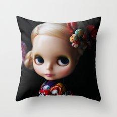 GEISHA BLYTHE DOLL KENNER Throw Pillow