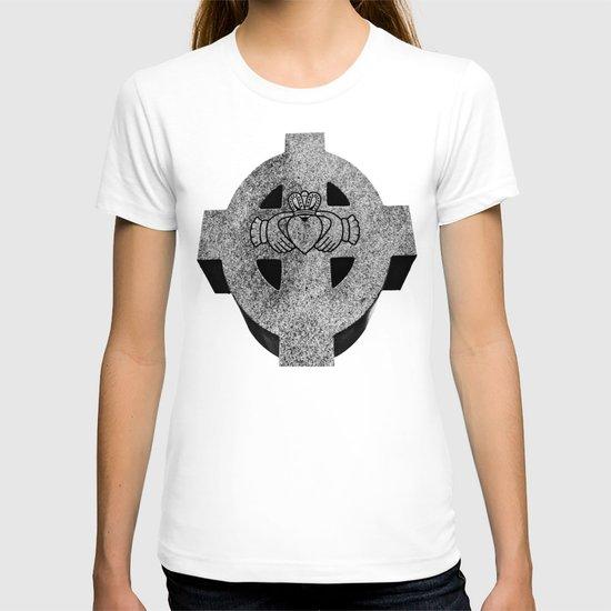 Claddagh cross T-shirt