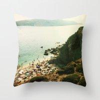 La plage Throw Pillow