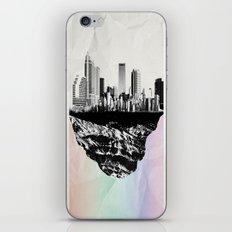 þar á bak við hæðirnar iPhone & iPod Skin