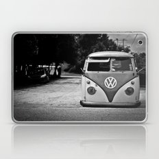 VW bus portrait  Laptop & iPad Skin