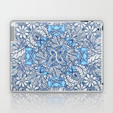 Nature Tangle - vintage botanical pattern in blue, teal & aqua Laptop & iPad Skin