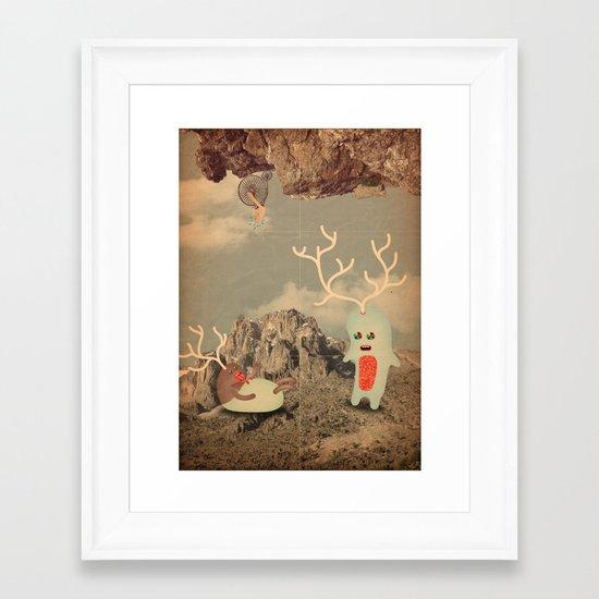 esseri della montagna Framed Art Print