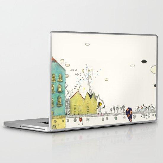 Walking Downtown Laptop & iPad Skin