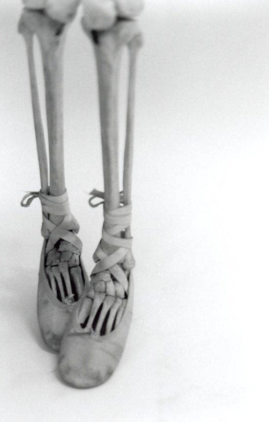 Skeleton Pointe Art Print