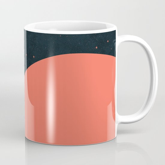 Night fills up the sky Mug