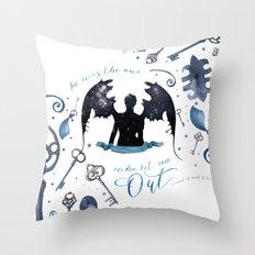NO VILLAIN Throw Pillow