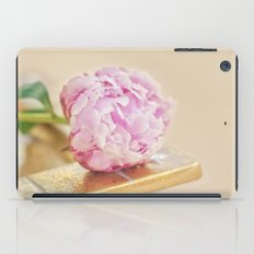 PEONY WITH GOLD iPad Case