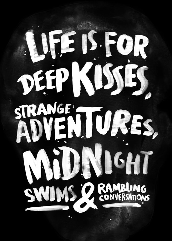 Life is for deep kisses... Canvas Print