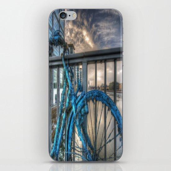 Fishy bike iPhone & iPod Skin