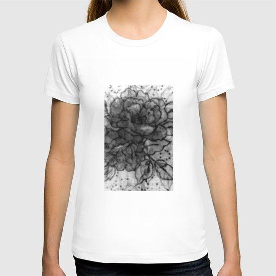 Spinning Roses T-shirt