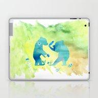 Playing Bear Kids I Laptop & iPad Skin