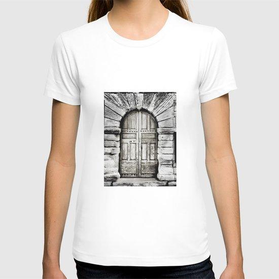 closed#01 T-shirt