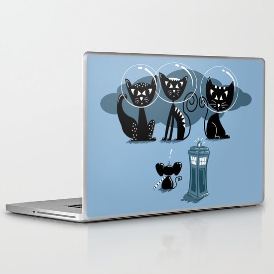 Doctor WHOops, wrong planet! Laptop & iPad Skin