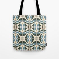 Blue Tulips - Circle Pattern Tote Bag