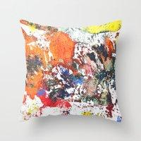 Desen Throw Pillow