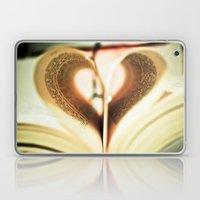 Love to Read. Laptop & iPad Skin